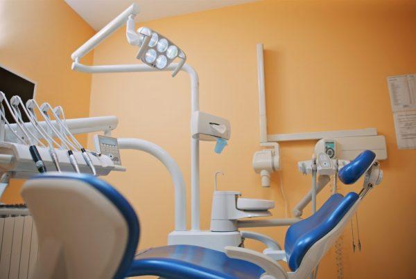 Zahnklinik Zagorje Zub